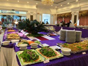 Tuyển gấp phục vụ và lễ tân tại nhà hàng Minh Hồng tp Vinh Nghệ An