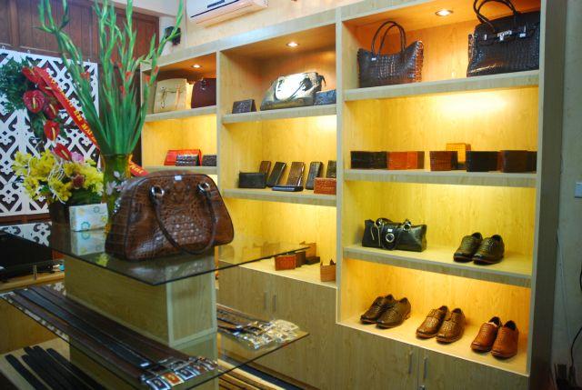 Tuyển nhân viên bán hàng thời trang hãng cá sấu tại Vinh