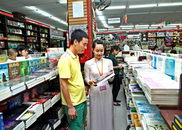 Tuyển nhân viên ca chiều cho nhà sách tại Vinh
